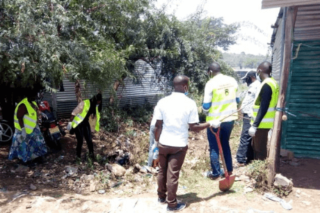 youth-in-kenya-clean-the-environment