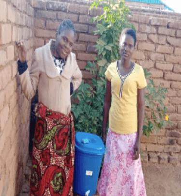 Joyce Mubisa and her sister